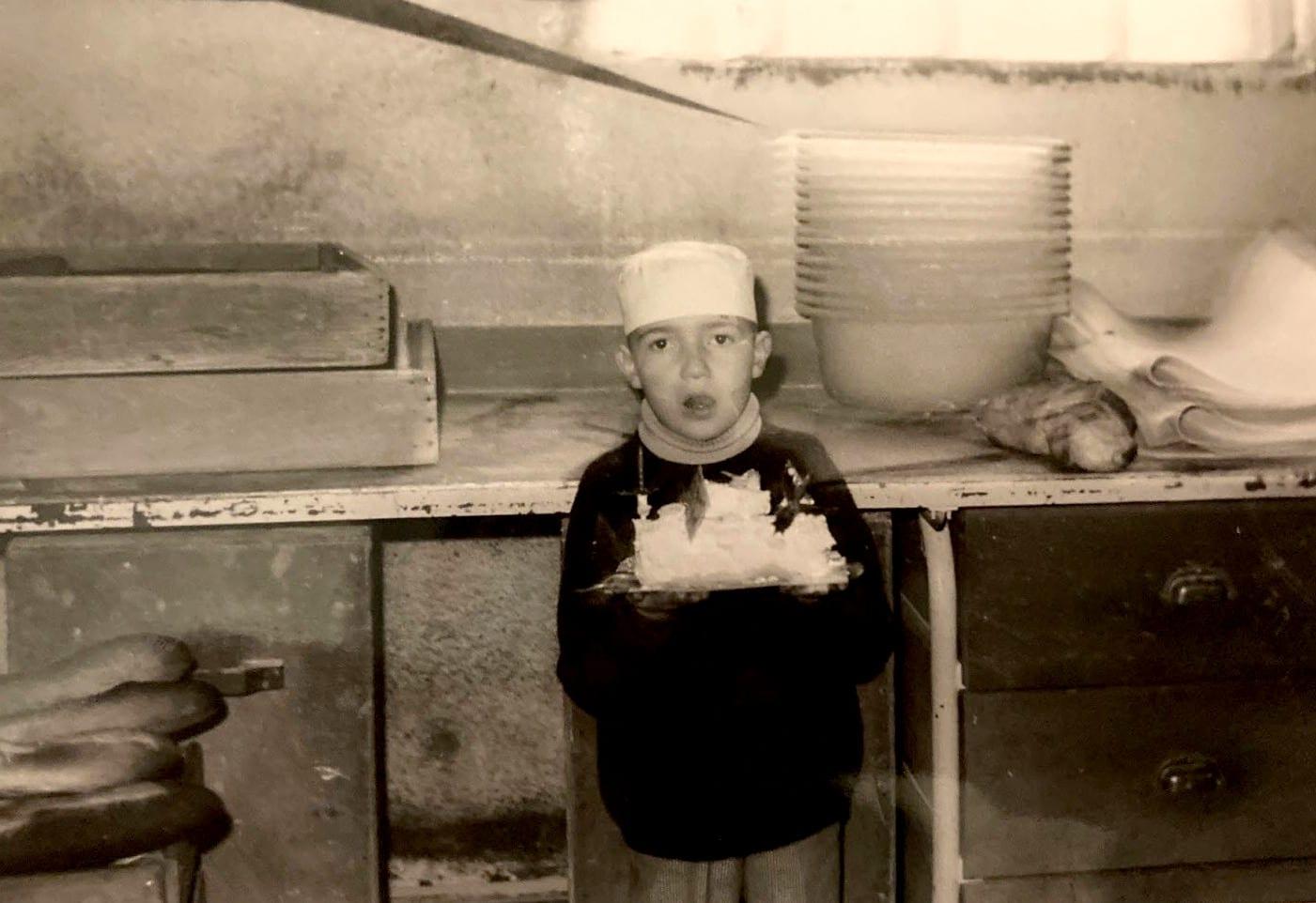 Denis Pultier en 1973 - La boulangerie Pâtisserie dans le sang